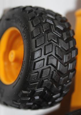 JCB Midi Tyre