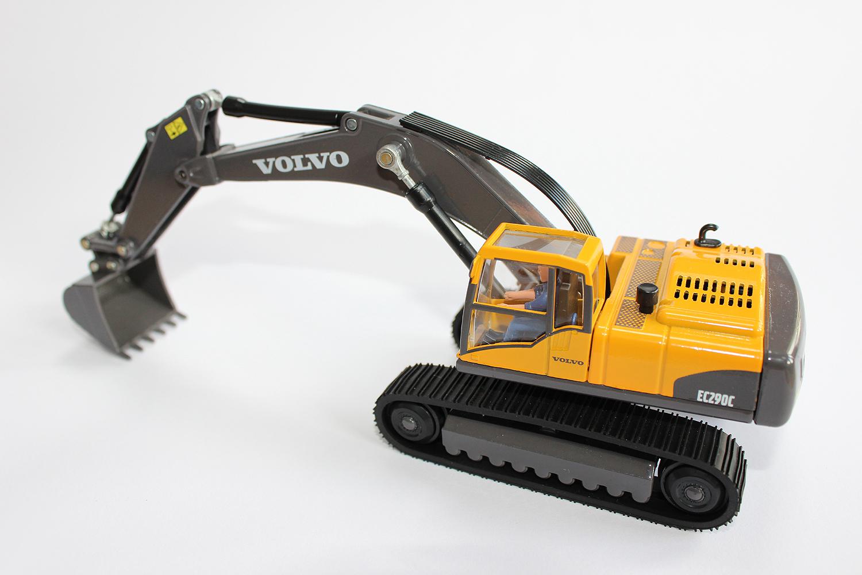 Volvo Hydraulic Excavator by Siku Toys